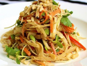 Raw Peace Pad Thai Special