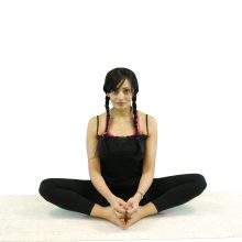 5min | Lateral Neck Stretch | Monthly Mind Miracle